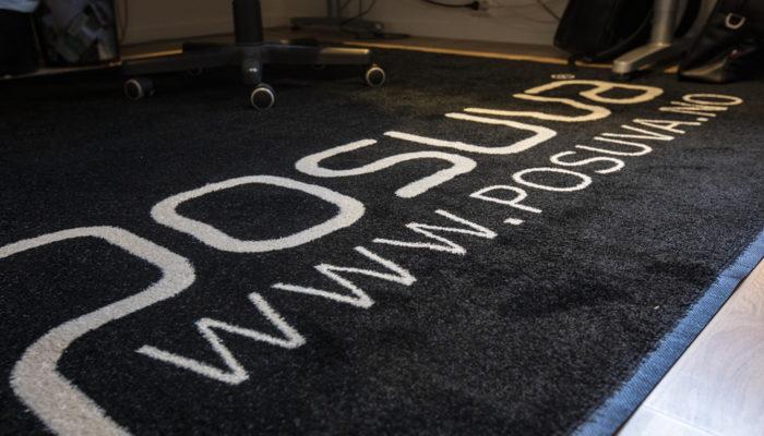 Gulvteppe med logo - Posuva AS